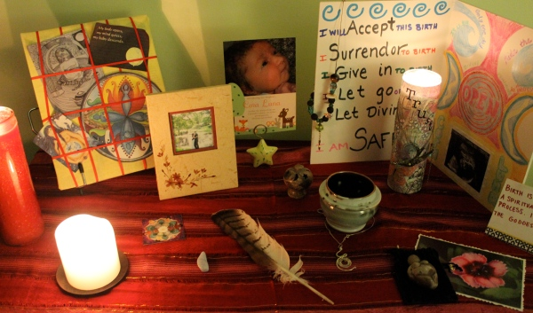 Altar made for the first week of my Sacred Pregnancy class.
